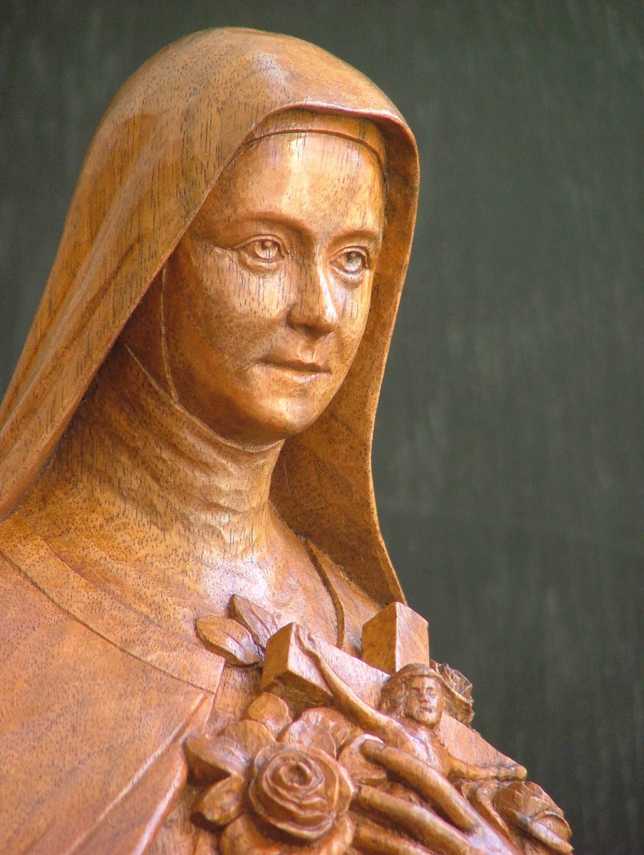 Galerie sculptures bois figuratives - Ste Thérèse détail